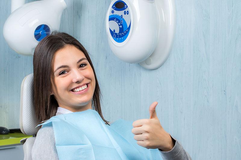cosmetic dentist in burbank ca
